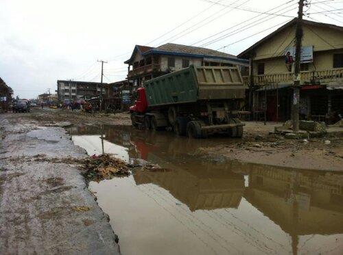 One of the roads roads in Aba...Ikpeazu's territory